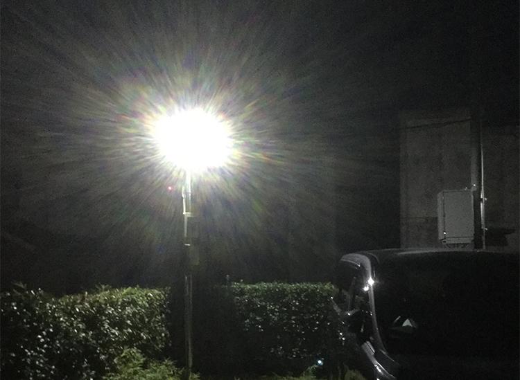 センサー式20w投光器・駐車場設置事例